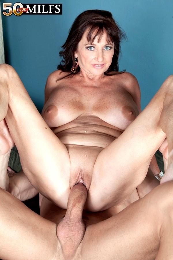 free-porn-pics-of-ciara-young-blode-porn