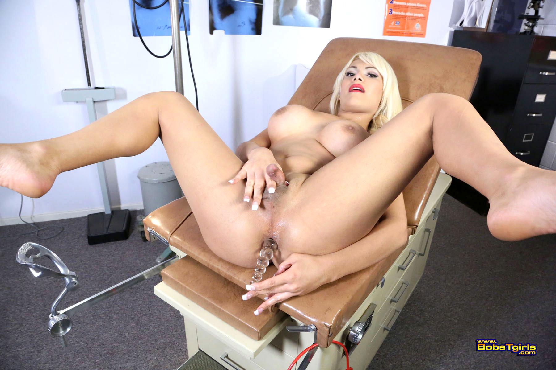 секс на гинекологическом кресле порно