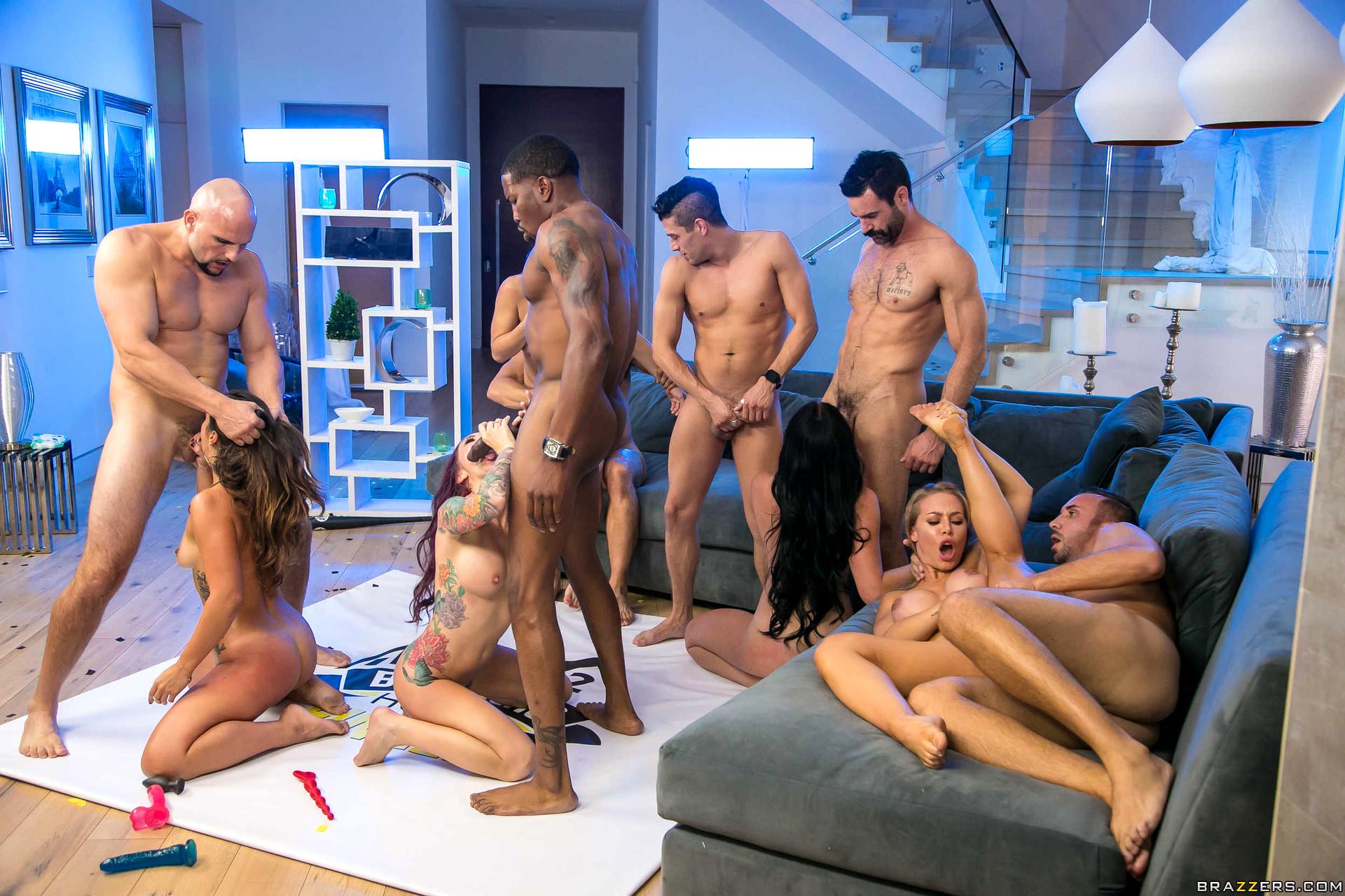 Французкие реалити шоу порно, Порно коллекция Секс шоу французское 23 фотография