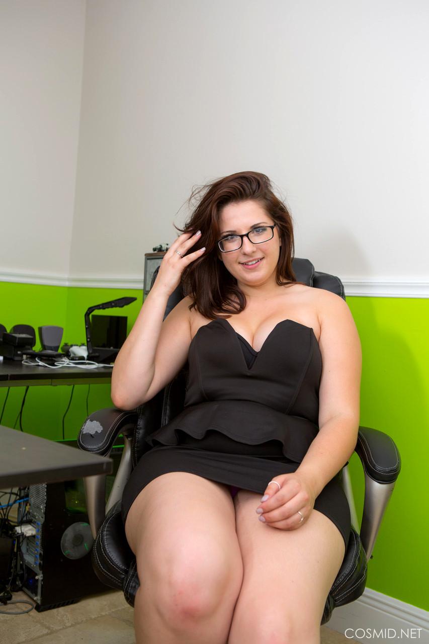ева аддамс порно по принуждению в офисе