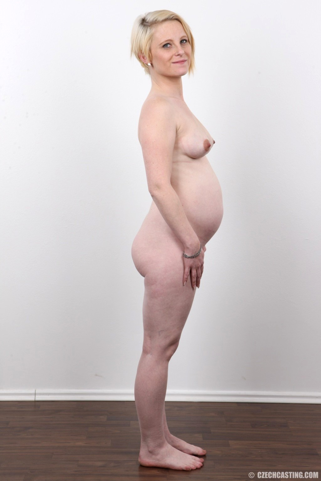 Married milf mona wales innocent girl turned slut - 3 part 1