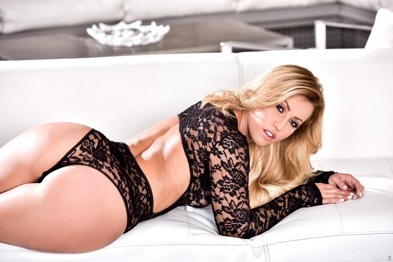 Babe Today Darkx Kelsi Monroe Thousands Of Pornstar ...