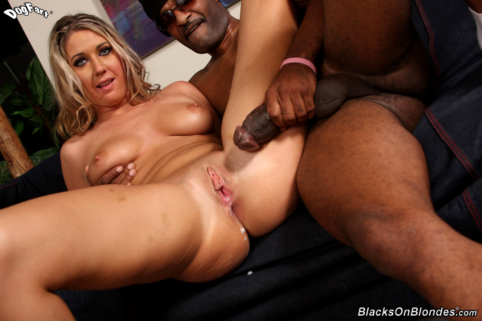 Young boy handjob by girl