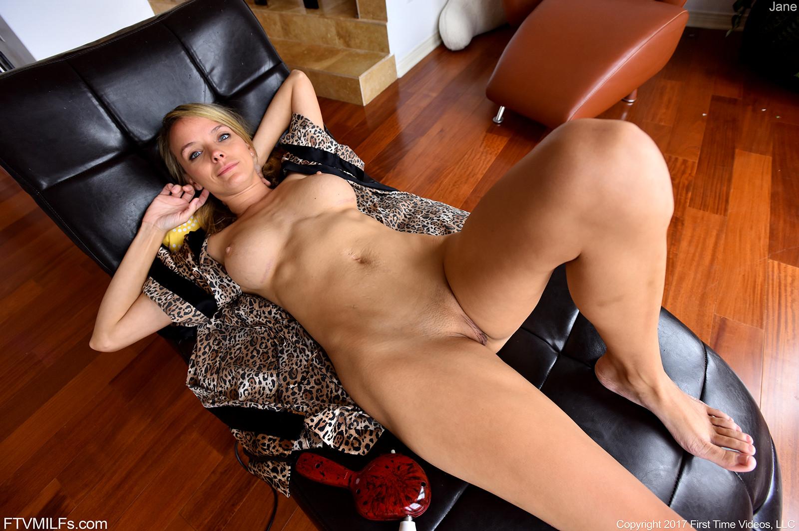 Hot Babe Milf Pics