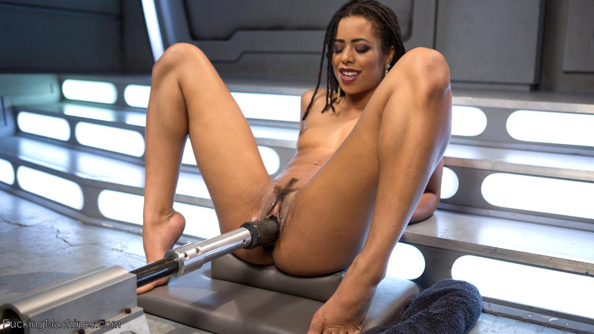 porno noir naiad vip escort