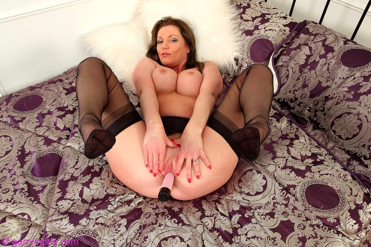Sophie dee big british tits amp ass - 3 3