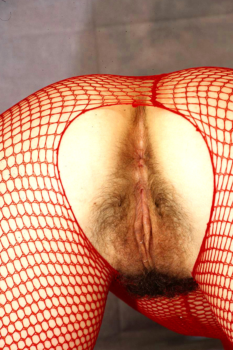 reba mcentire boobs naked