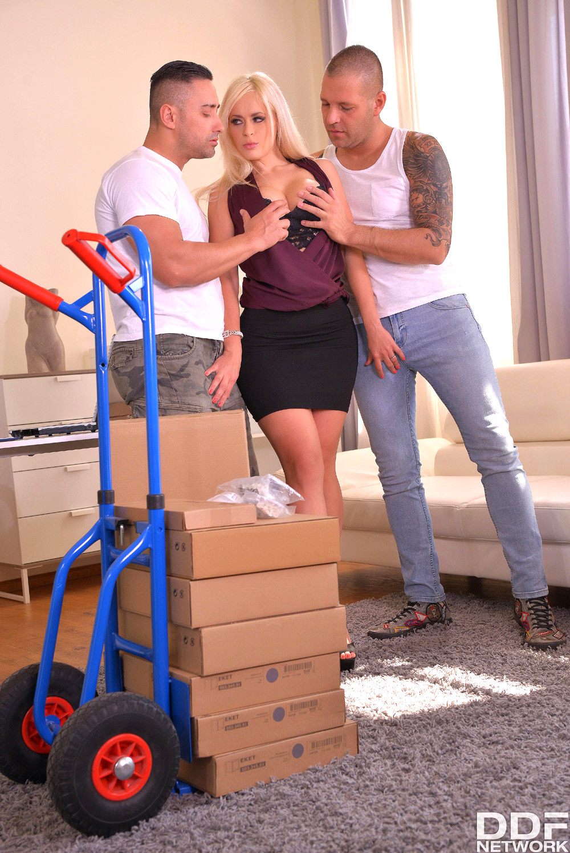 Stocking clad Euros Aida Sweet, Candee Licious and Amirah having groupsex № 1335260 без смс