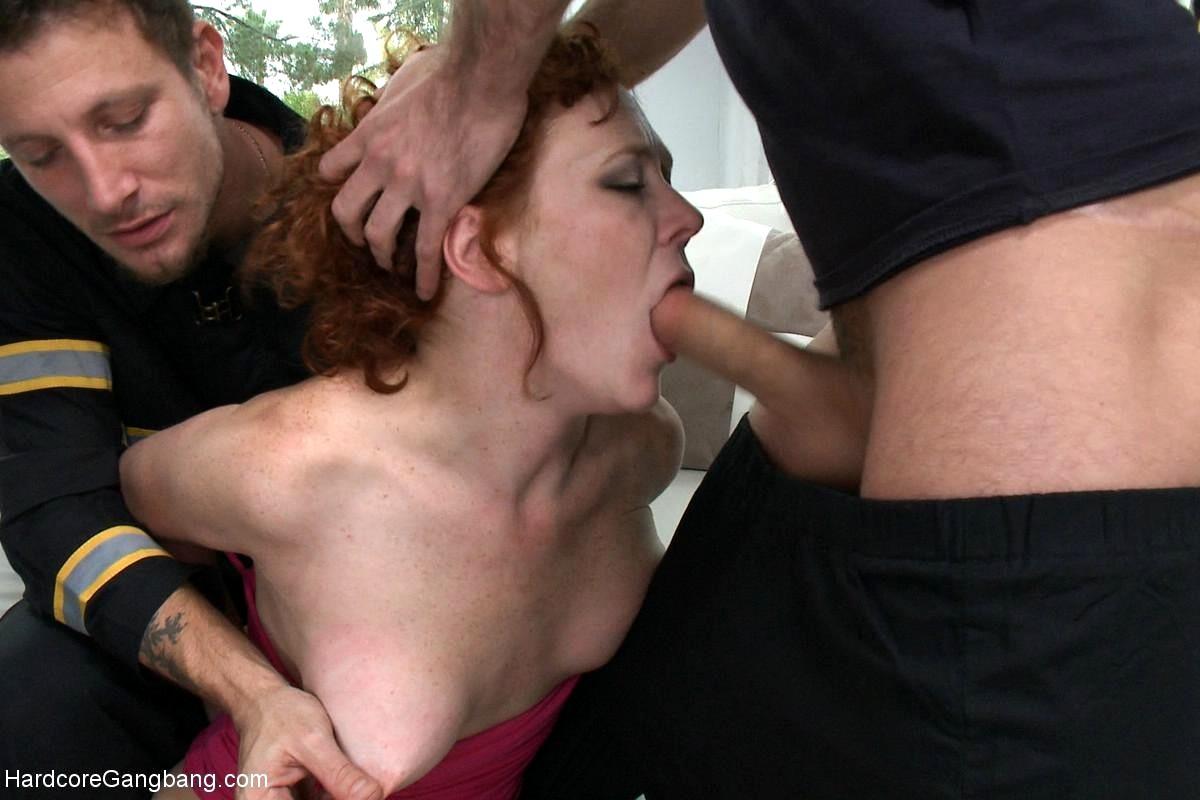 zhestko-zastavila-porno