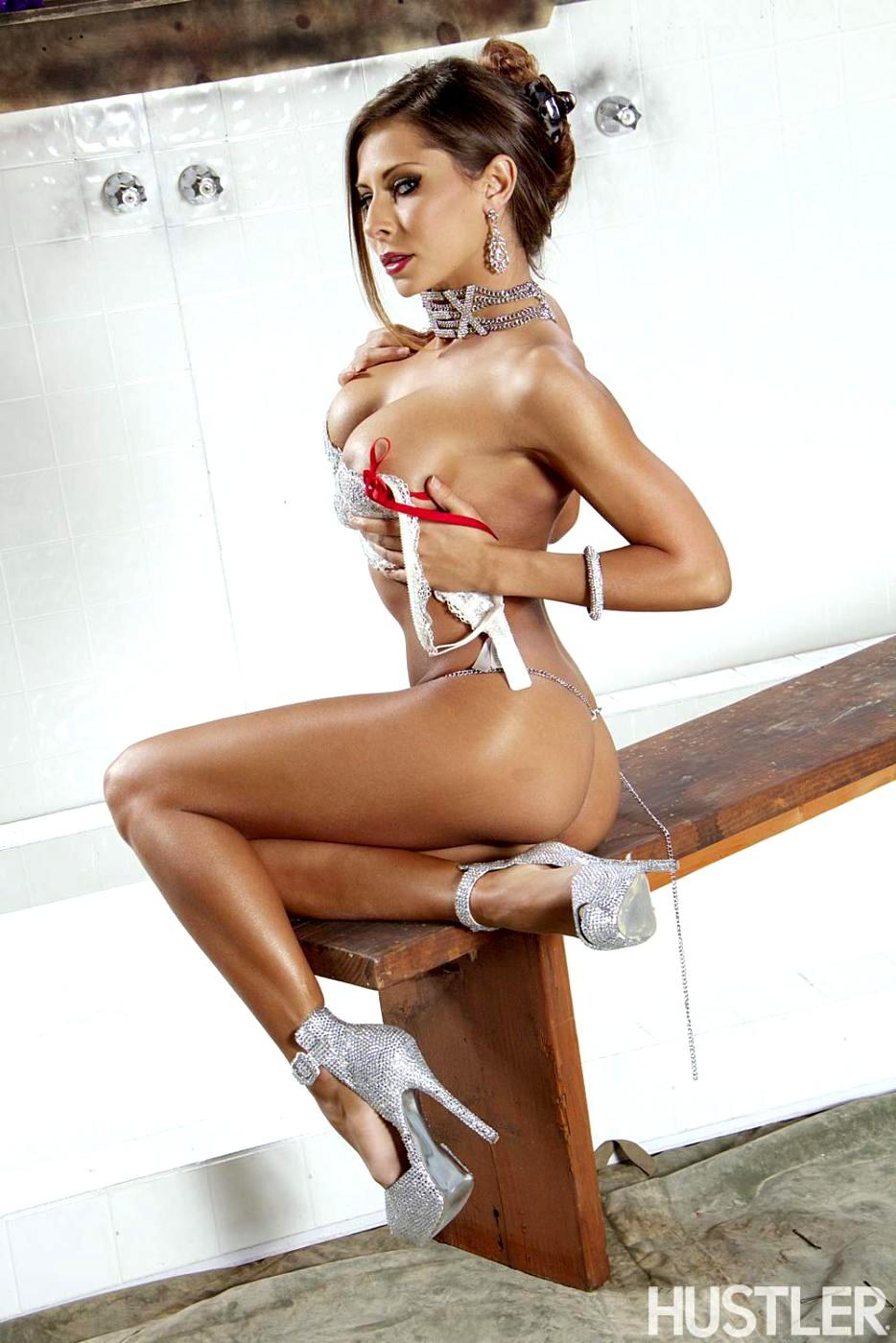 flat ass chest porn