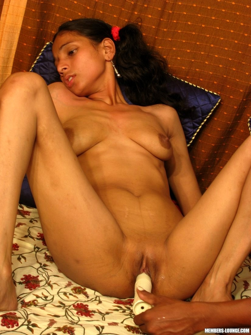 Naked female asian pussy