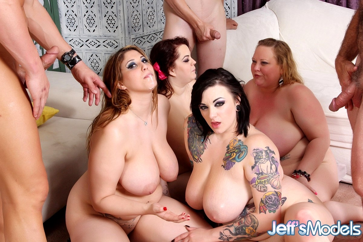 Youporn big tits in group sex — photo 3