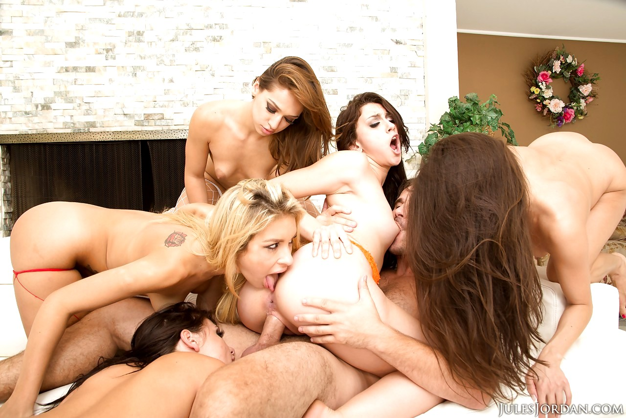 licking-talking-orgy