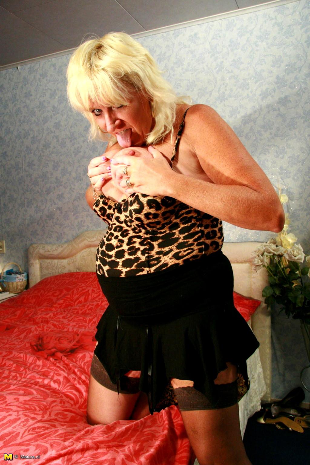 Latina mature sex pics-3827
