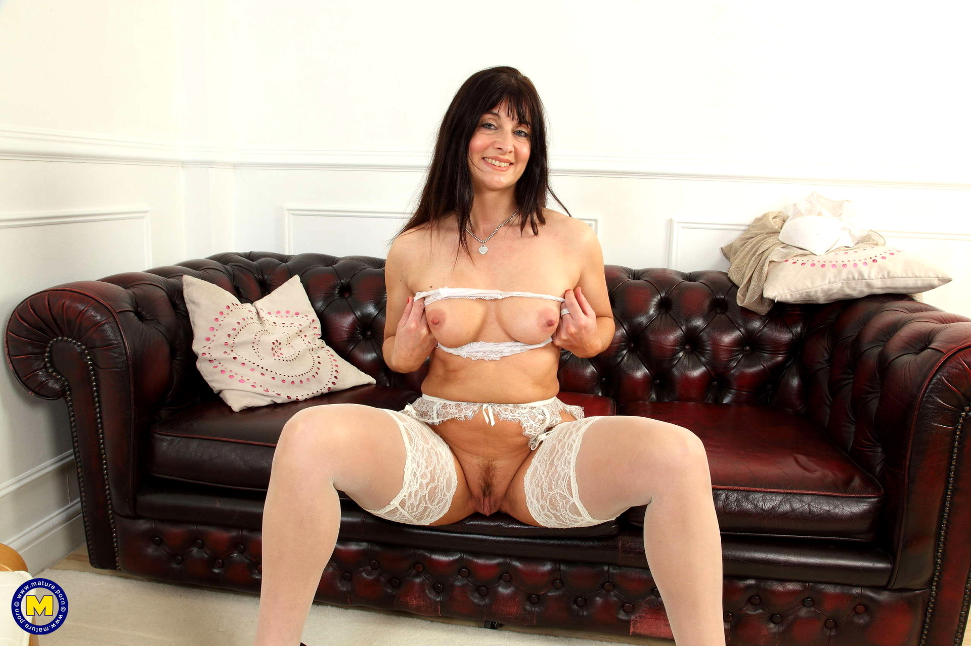 Milf gagging tube-1055