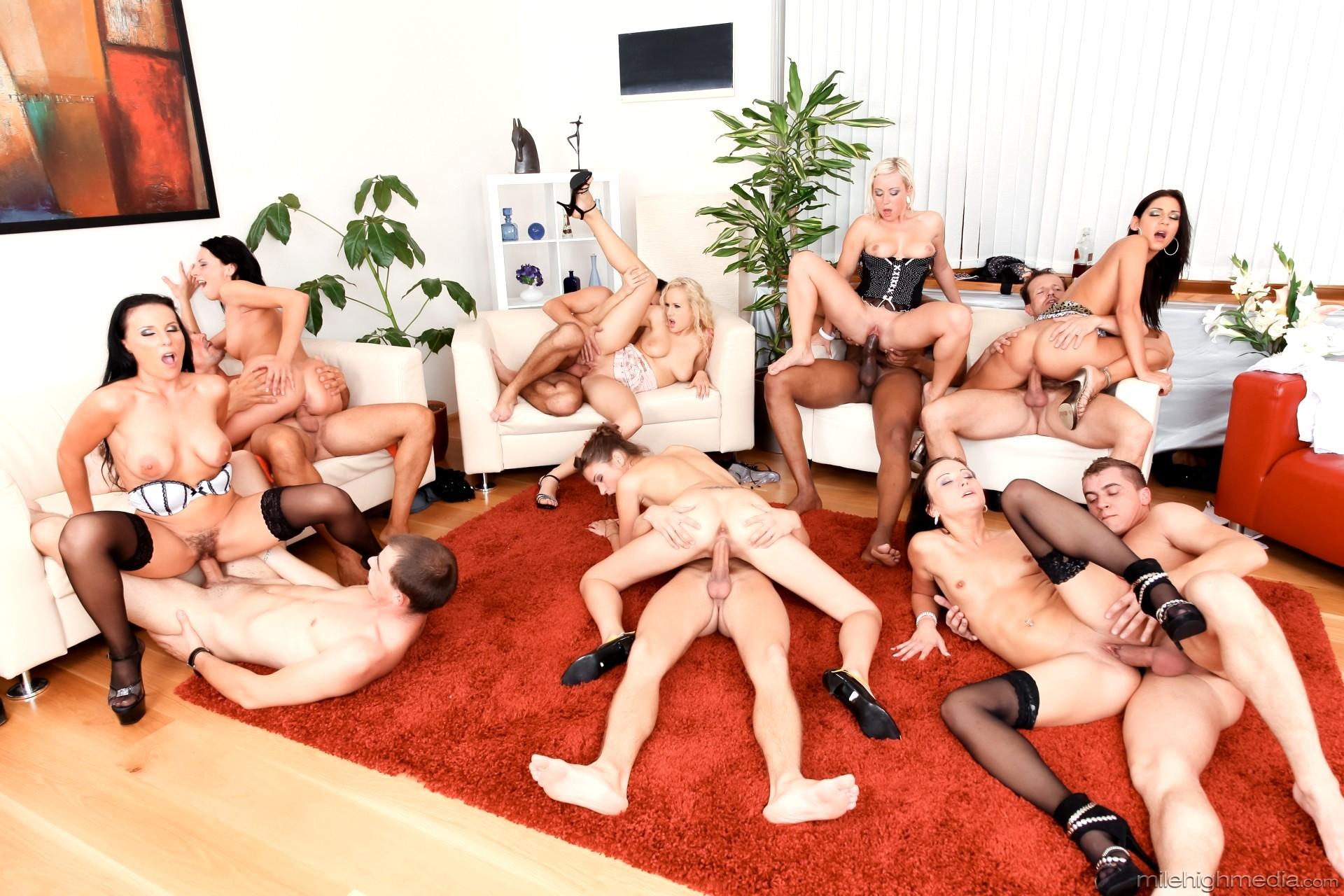 порно групповое гламурное видео онлайн - 1
