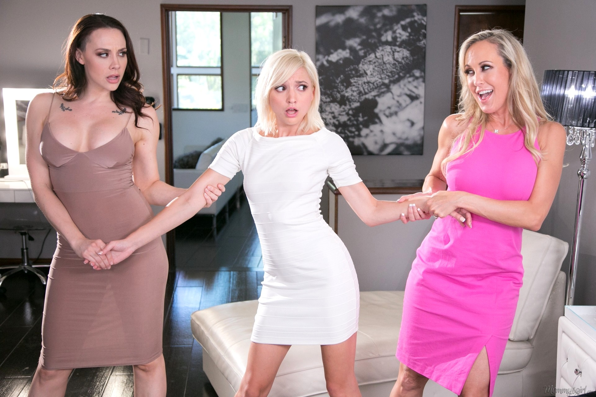 Naughty MILF Chanel Preston puts on a huge strapon and plays a kinky solo  1419628
