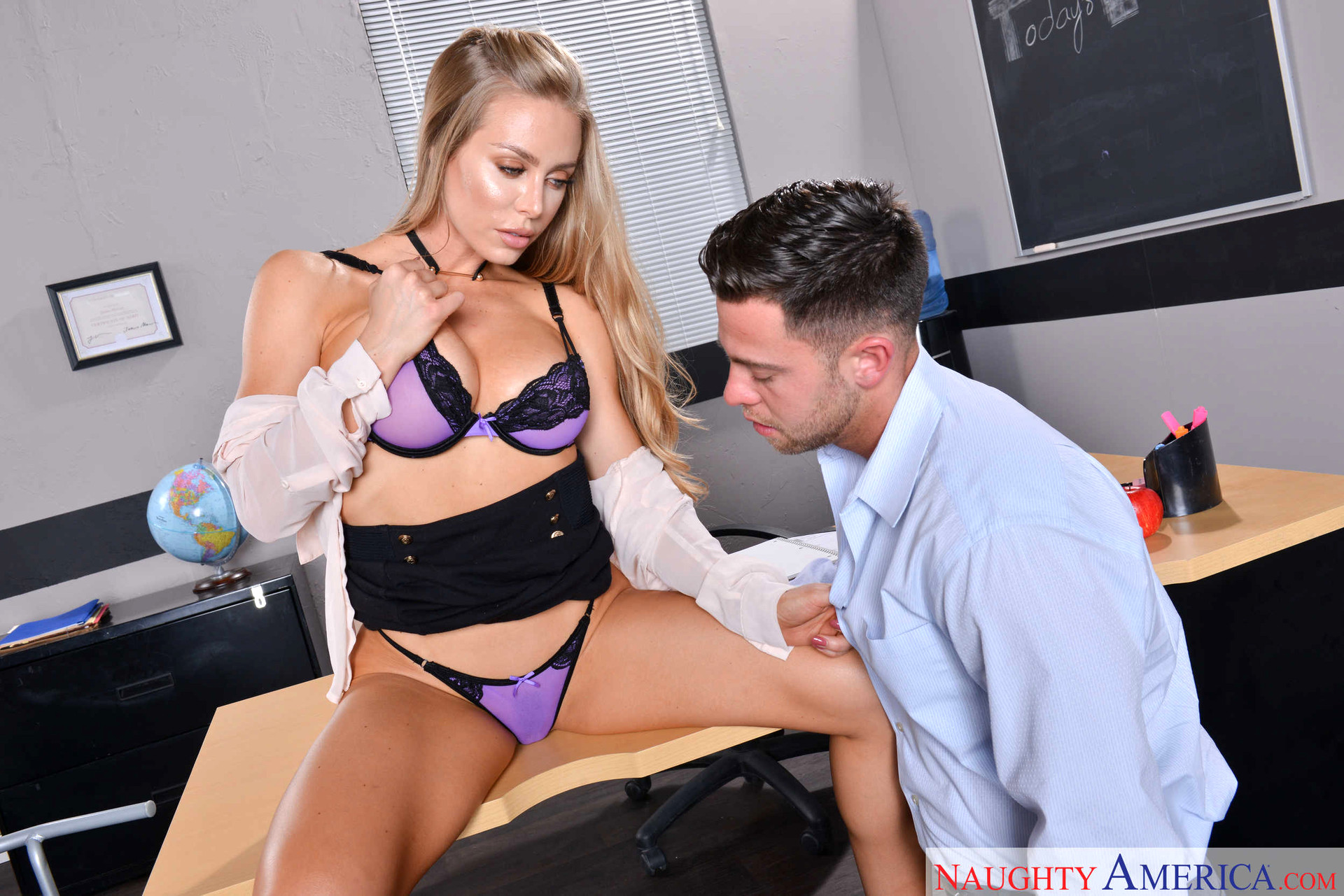 nicole aniston naughty america