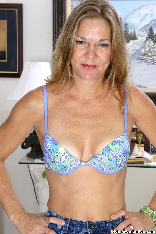 Babe Today Older Woman Fun Olderwomanfun Model Nude Milf -2134