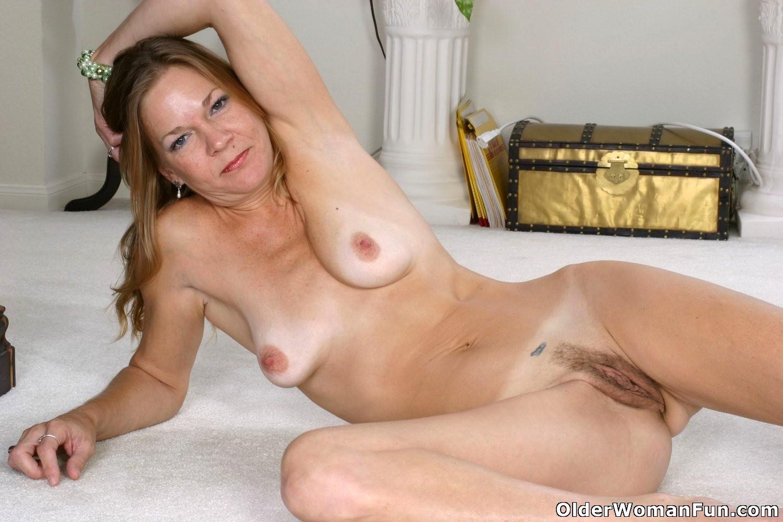 Naked Senior Women Pics