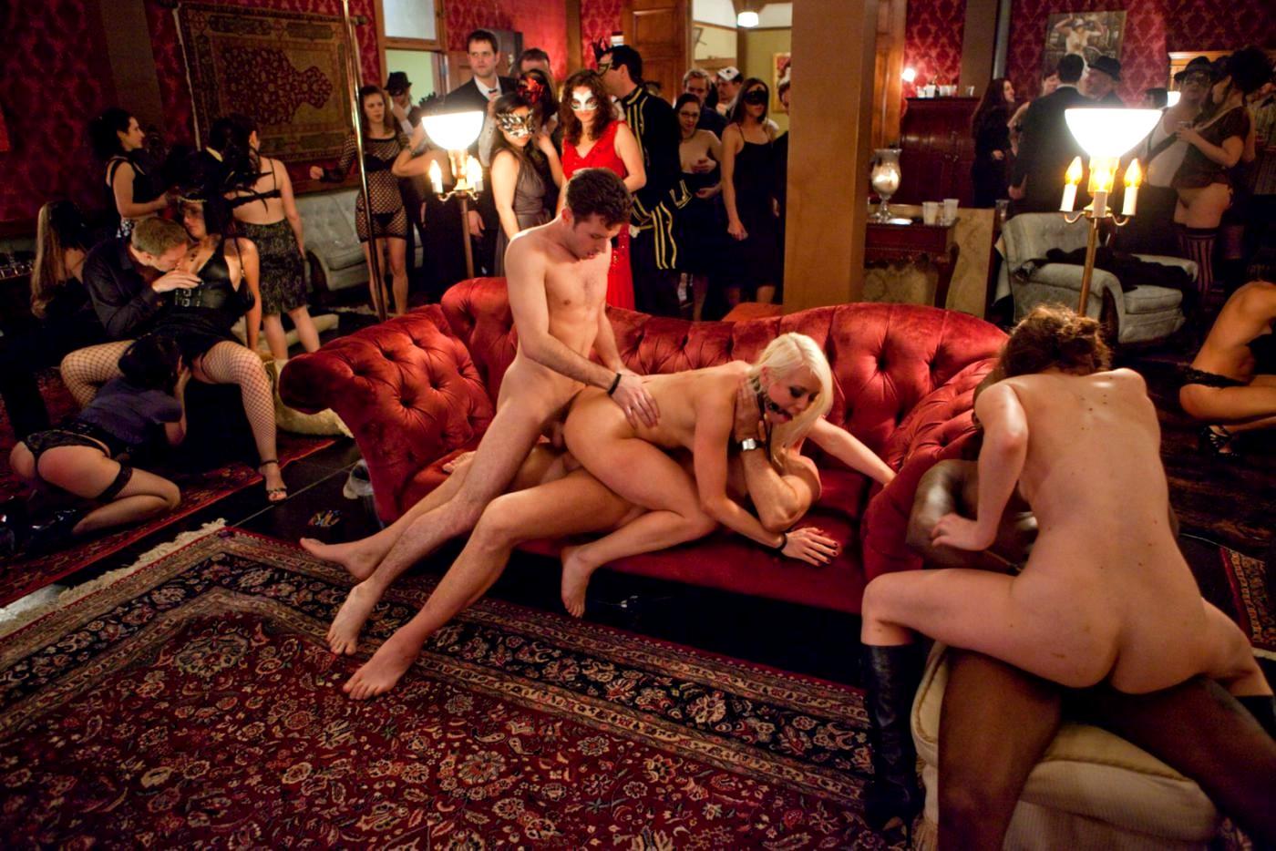 Смотреть порно 8 соток разврата 2, Порно видео 8 Соток Разврата 2 скачать и смотреть 1 фотография