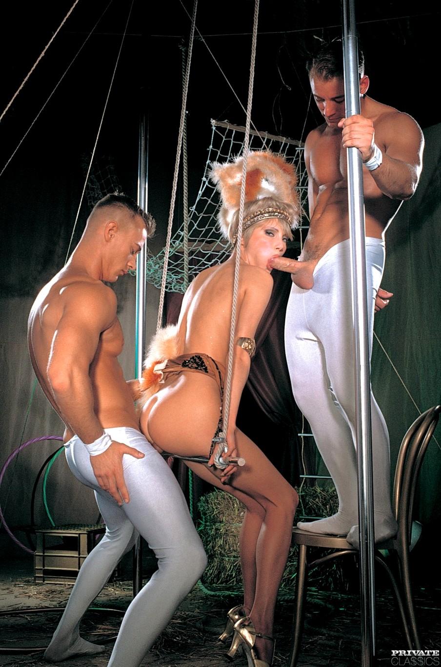 порно цирке через торрент скачать в видео