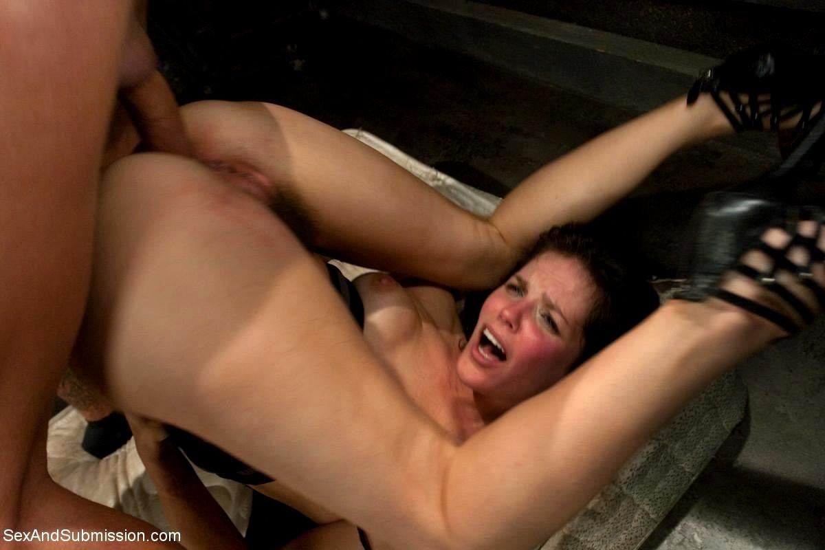 Amateur big butt babes naked