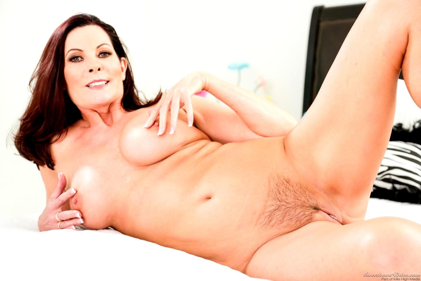 Soft video porn-2694