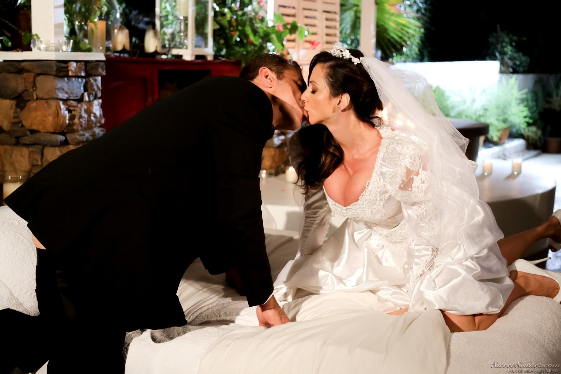 Смотреть онлайн брачный ночь, Отличный фильм! Первая брачная ночь 27 фотография