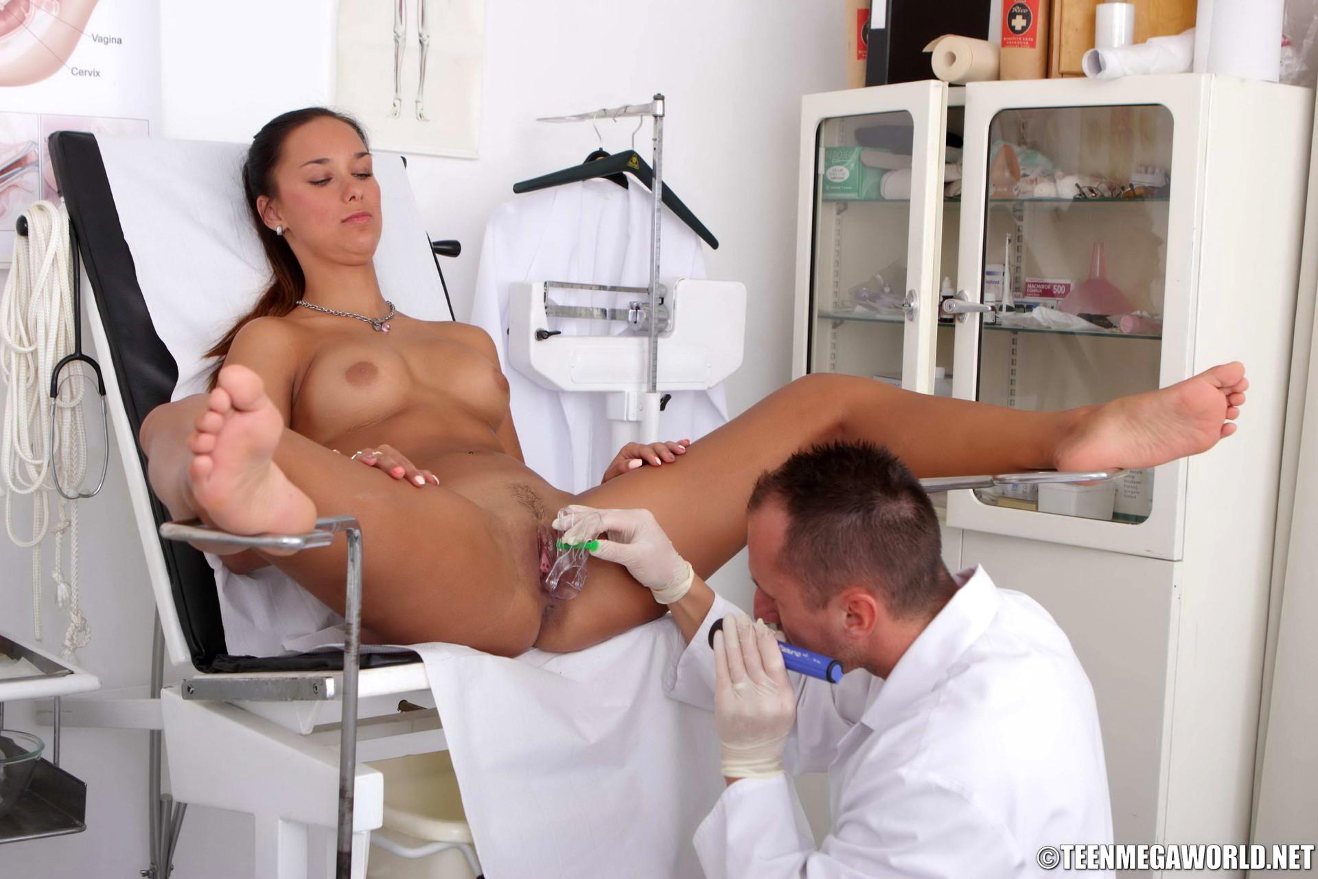 У хирурга на столе порно, Русские медсёстры порно видео на 25 фотография