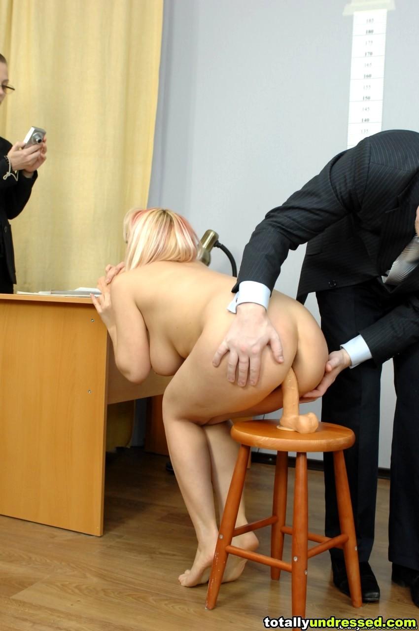 видео наказание секретарь порно - 8