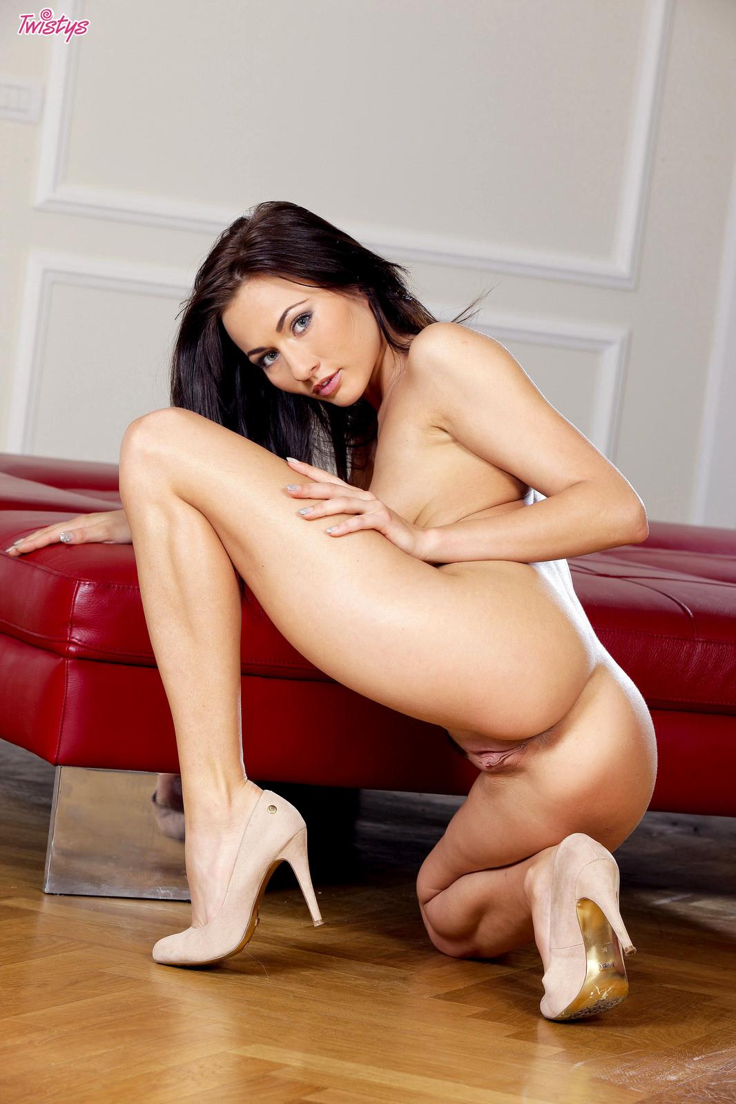 Babe Today Twistys Michaela Isizzu My Legs Premium Xxx -2056