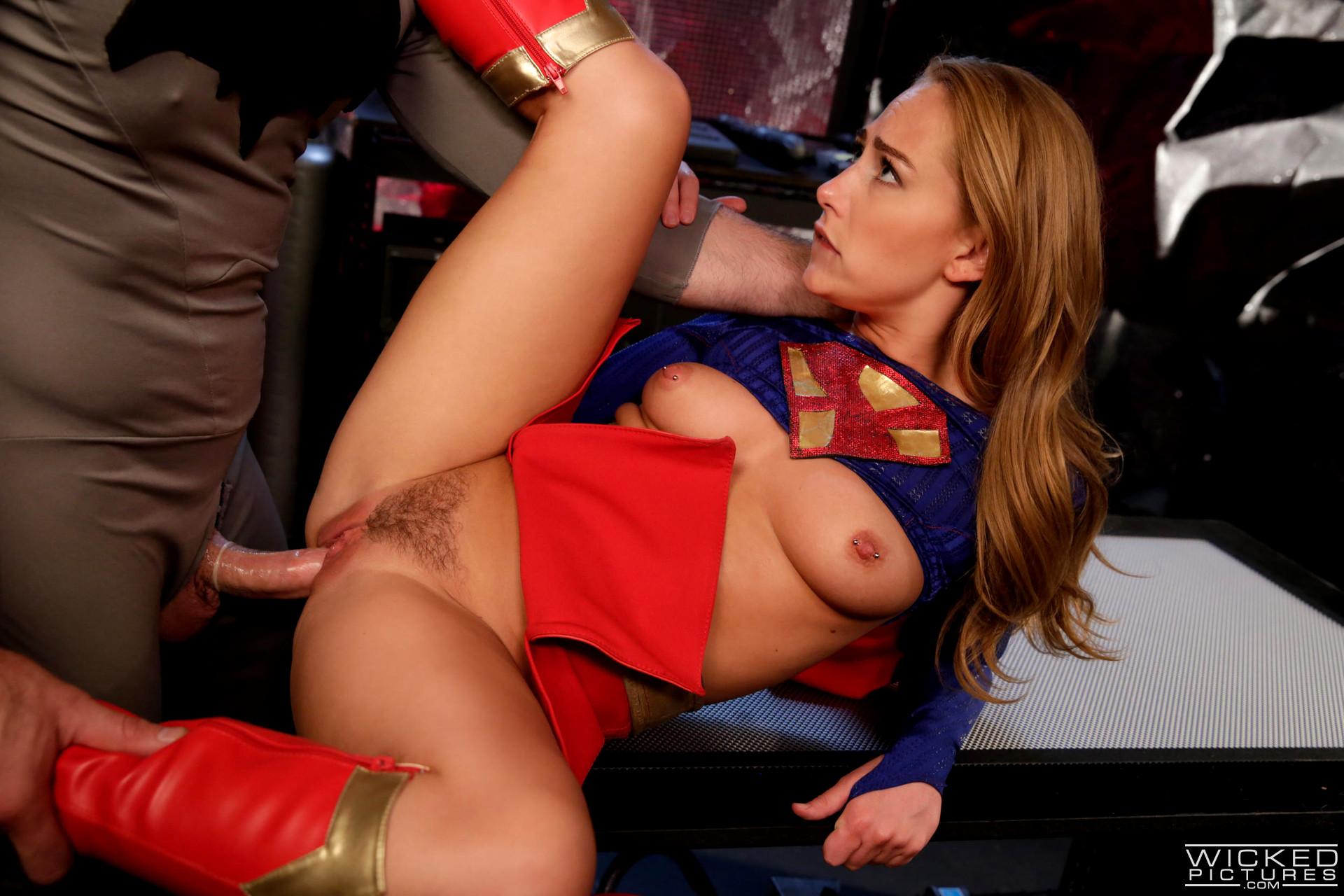 порно супергерл смотреть фильм